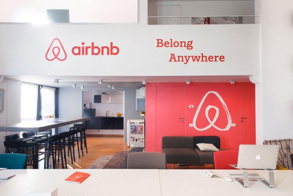 Легенда бренда Airbnb